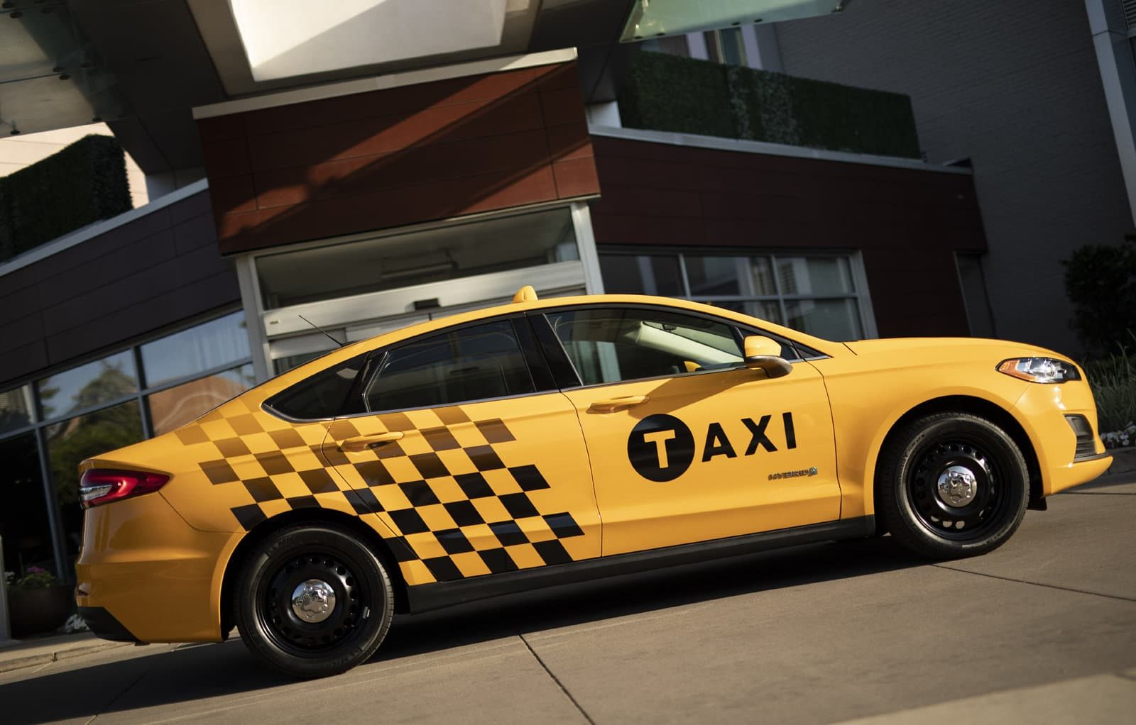 2019 Fusion Hybrid Taxi